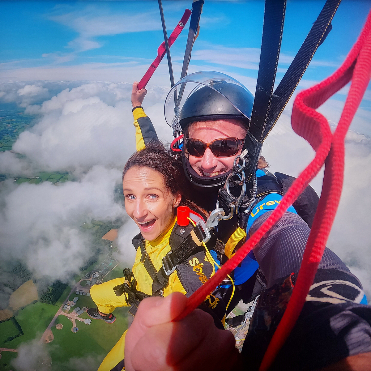 Amy takes on a skydive for the DPT Charity
